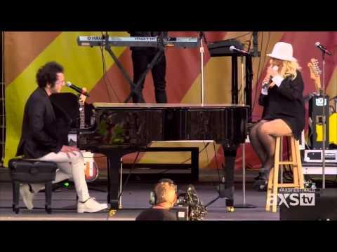 Christina Aguilera Live New Orleans Jazz & Heritage Festival