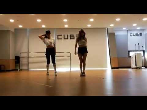 Hyuna and Mary short dance