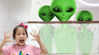 외계인의 정체는 무엇일까요? 서은이의 외계인 숨바꼭질 Alien Hide and Seek