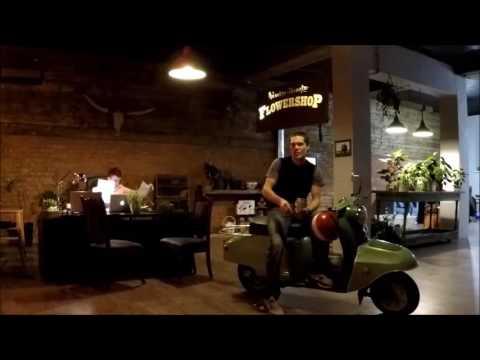 Букет своими руками на праздник. Как сделать букетиз YouTube · С высокой четкостью · Длительность: 2 мин31 с  · Просмотры: более 7.000 · отправлено: 25.12.2015 · кем отправлено: Flora2000.ru - доставка цветов