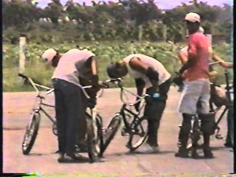 Los locos de los BMX de la isla de la juventud