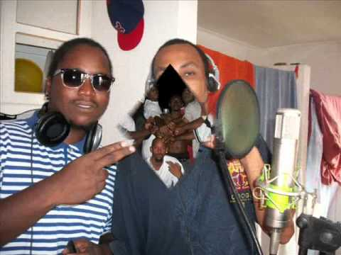 REDDIS ft MR LUIY CANT DISS SEA-VIEW