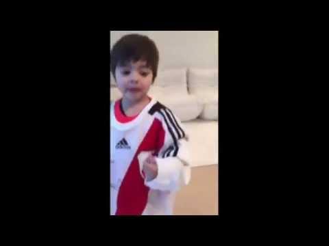 Gerard Piqué y su hijo son hinchas de River Plate