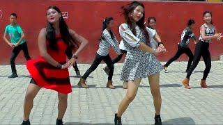 New Nepali Lok Geet 2074 (Handi Jhai Kaali)