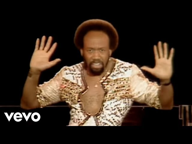 Earth, Wind & Fire - Boogie Wonderland (Official Video)