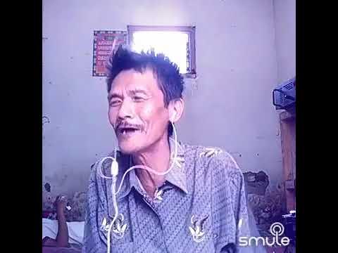 Kakek Suara Emas Nyanyi Smule Aku Dibarat Engkau Di Timur