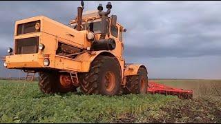 Трактор Кировец + БДМ-6Х4.  Работа в ночь.