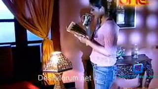 Kaala Saaya [Episode 5]  - 28th January 2011  Watch Online - Part 2