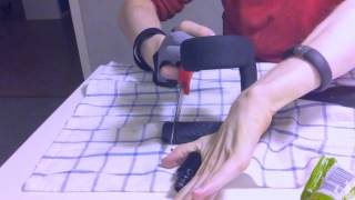 Hjälpmedel för att kunna skära trots svaga fingrar (tetraplegi)