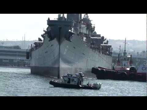 USS Iowa - Welcome to Los Angeles