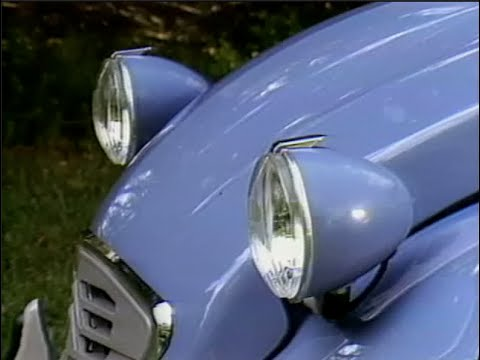 MotorWeek | Retro Review: Citroën Deux Chevaux