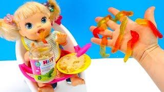 КАКАЯ ЕДА ПРОТИВНЕЕ Желейные Червяки или Детское Питание? #Куклы Пупсики Игрушки 108mamatv