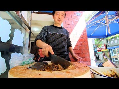 Xi'an Street Food - CHINESE HAMBURGER + STREET FOOD in China   BEST Chinese Street Food
