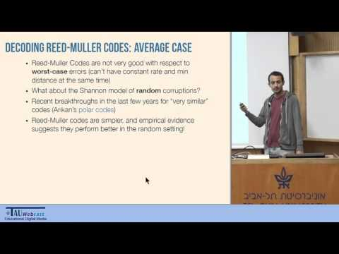 Efficiently decoding Reed-Muller codes from random errors