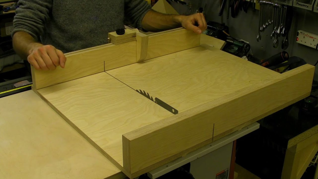 How to build a table saw sledge sled with flip stop for Table saw sled