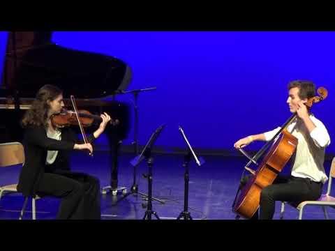 Concierto solidario Apadrina una sonrisa por Navidad - IV Edición - Invierno (Piazzolla)
