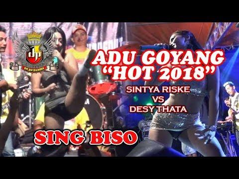 ADU GOYANG PALING HOT DESY THATA VS SINTYA RISKE SING BISO Om. Dwipangga Live Ngrau Lor Community