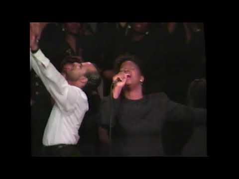 New York Restoration Choir - Lamb Of God