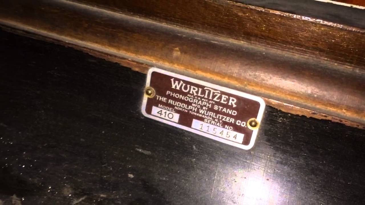 1939 Wurlitzer Model 61 Tabletop Jukebox - YouTube