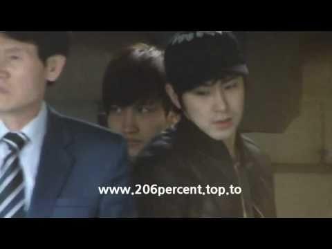 110221 Stalking Yunho & Changmin