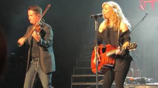 "The Band Perry ""Fat Bottom Girls"" (Queen Cover) Live @ Ceasars Circus Maximus Theatre"