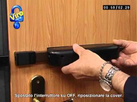 attrezzo bulgaro per aprire porte blindate L'unico sistema per oltrepassare l'ostacolo è riuscire ad aprire la serratura ed è per questa le serrature per porte blindate hanno bulgaro, un attrezzo.