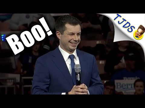 "Crowd Chants ""Wall Street Pete!"" At Buttigieg In New Hampshire"
