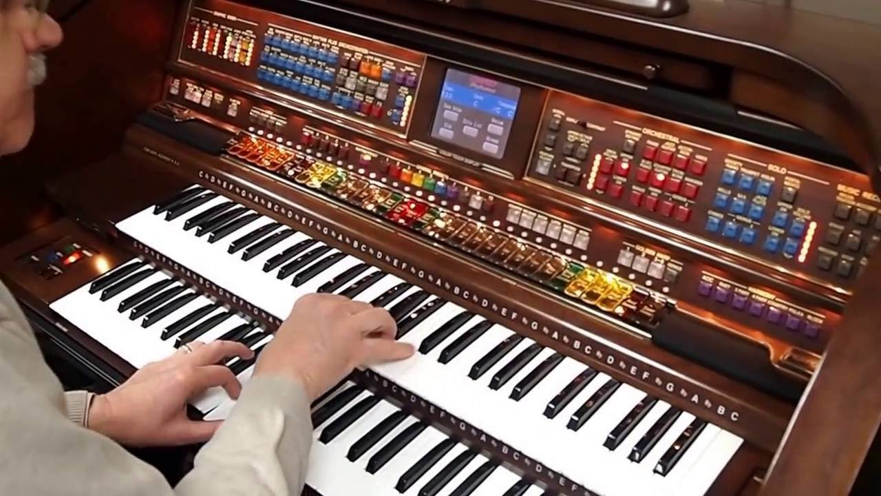 Organ For Sale >> Lowery Organ for Sale | Graves Piano & Organ | Michael Spain - Vid 1 - YouTube
