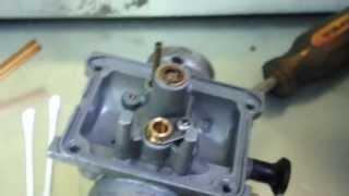 Yamaha Blaster Carburetor bowl disassembly