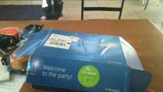UNBOXING Windows 7 ultimate Launch Party House Party Pack