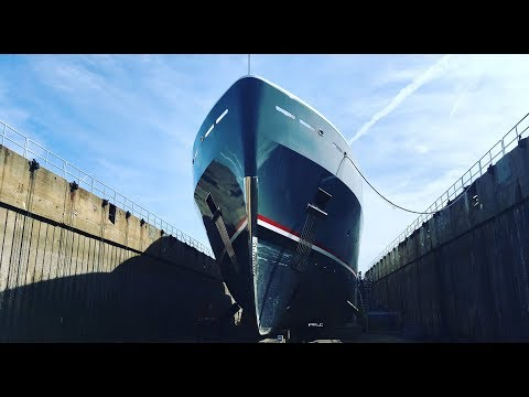Super-Yacht: Dry Dock Operations