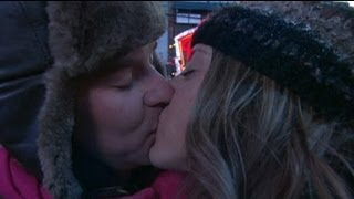 New year's eve kissing in New York - no comment