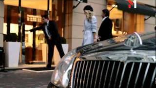 Девушка Блонда в клипе Kishe