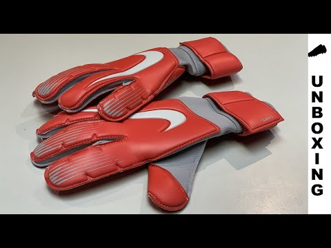 Nike Goalkeeper Gloves Vapor Grip 3