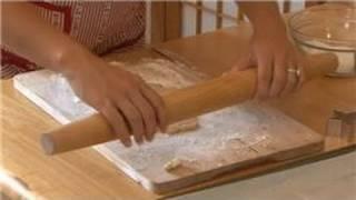 Healthy Cookies : How To Roll Sugar Cookies In Powdered Sugar