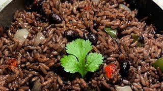 Arroz Congris  Black beans with rice