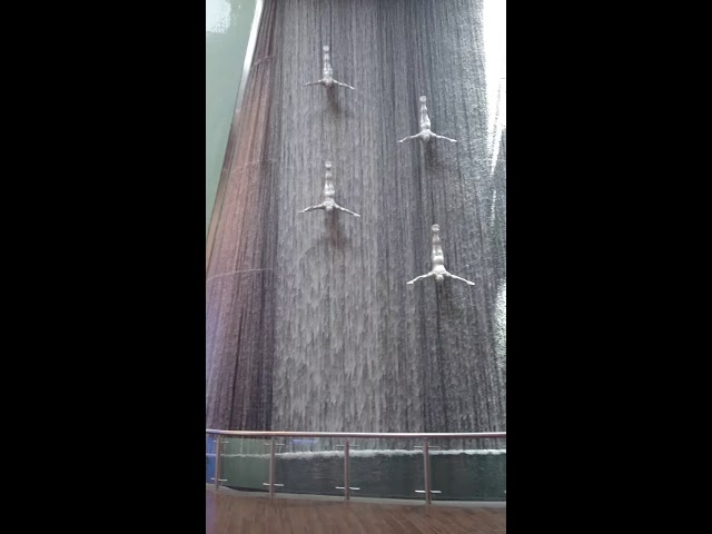 Dubai Mall - Waterfall