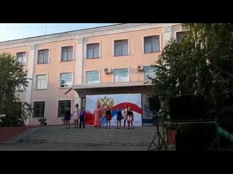 "Екатерина  Сырбу и солисты студии """"Яркие Звезды"" -  Команда"