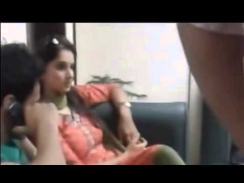 Sania Mirza Upset in Pakistan Because Of People Touching Her