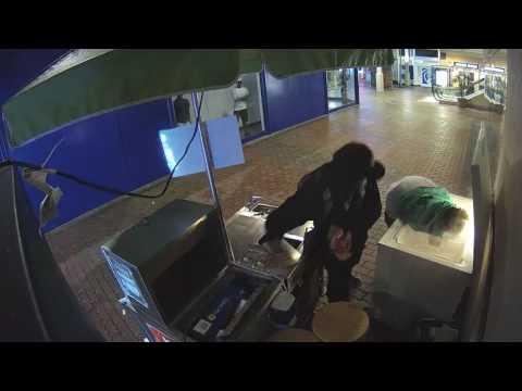 Mall Kiosk Rip Off
