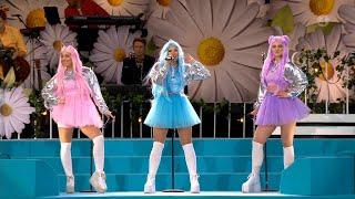 Dolly Style framfor laten Habibi - Lotta pa Liseberg (TV4)