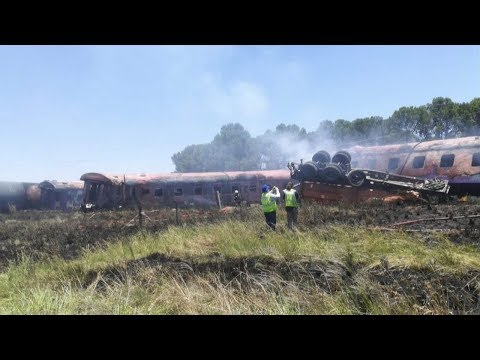 Death toll in South Africa train crash rises to 14