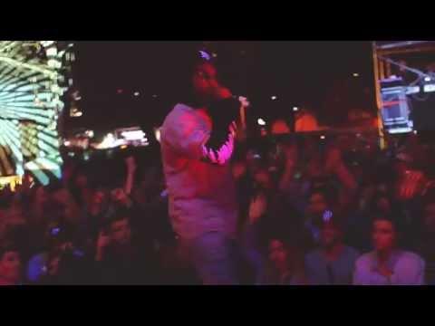 "Chuck Inglish - ""TanGerine"" (LIVE) at SXSW 2014"