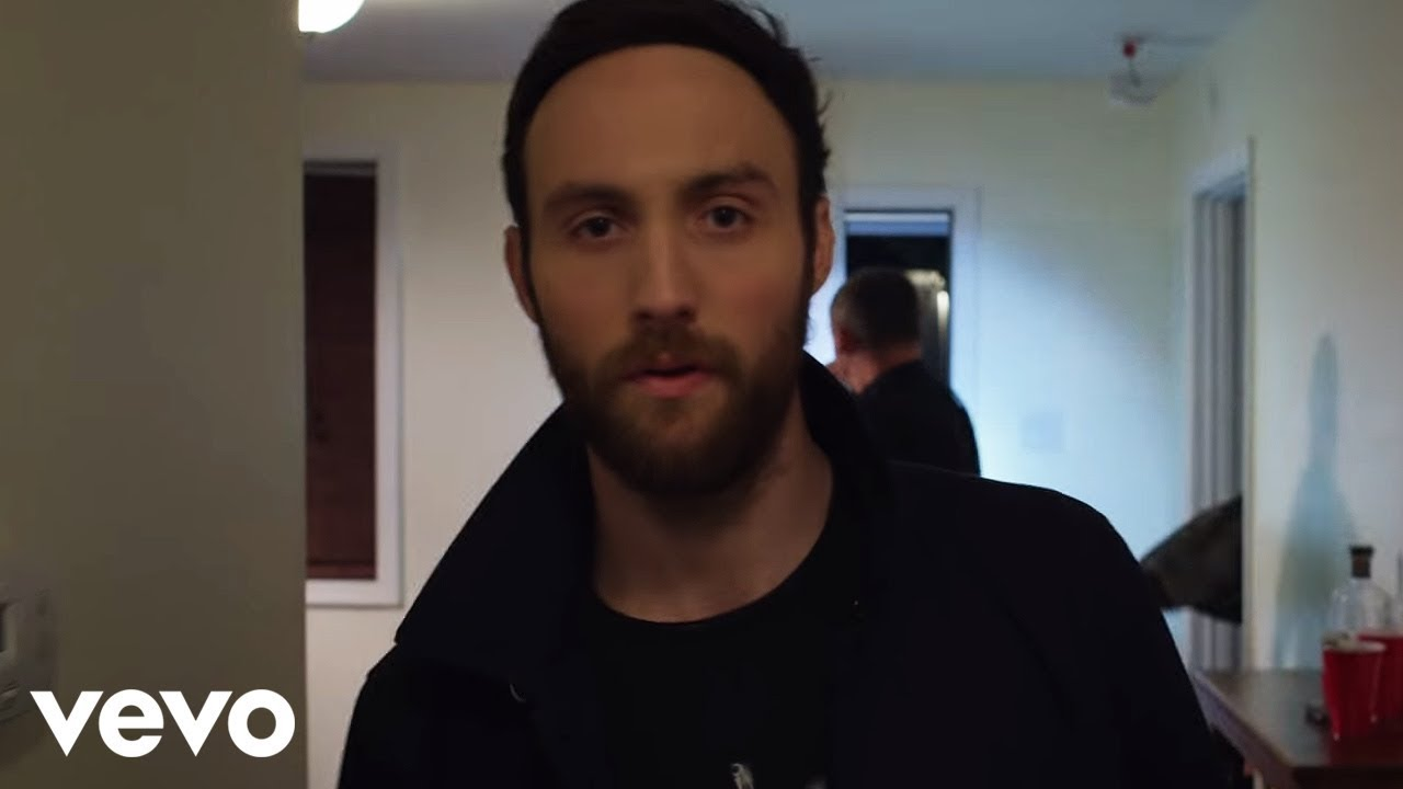 Ruston Kelly on New Album 'Dying Star,' Why Women Are Best