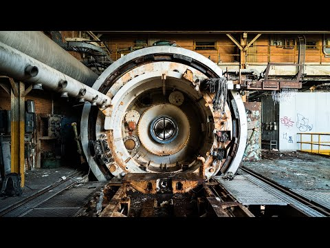 Exploring An Abandoned Navy Research Lab - Jet Engine Testing Center