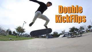 FAKIE BIG DOUBLE KICKFLIP
