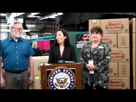 Yakima Chamber - Senator Maria Cantwell Press Conference @ Manhasset Specialty Co.