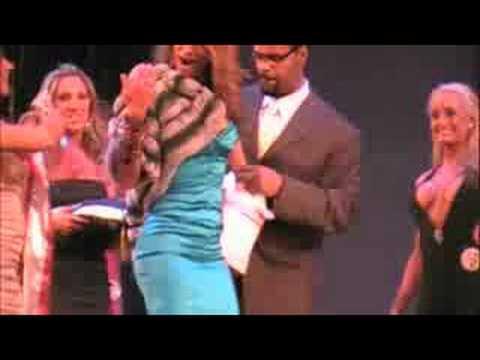 Fitness Celebrity Jennifer NIcole Lee Wins WBFF Ms Bikini Diva