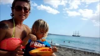 Cum se mănâncă o papaya de 3 kilograme (pranz Raw Till 4)