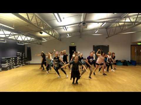 Pon de floor waacking fusion choreography